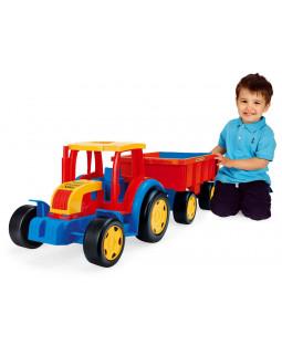 Kæmpe traktor med hænger