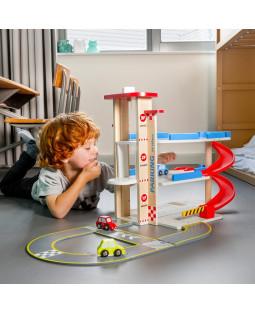 P-hus / garage med vej og biler
